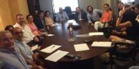 Reunión en Adefarma de los afectados por los descuentos de las residencias